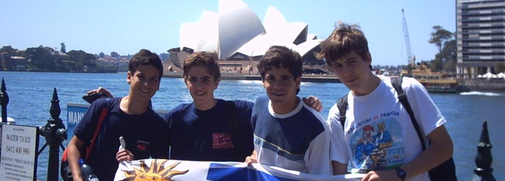 En Sydney, primer intercambio con Redfield 2004